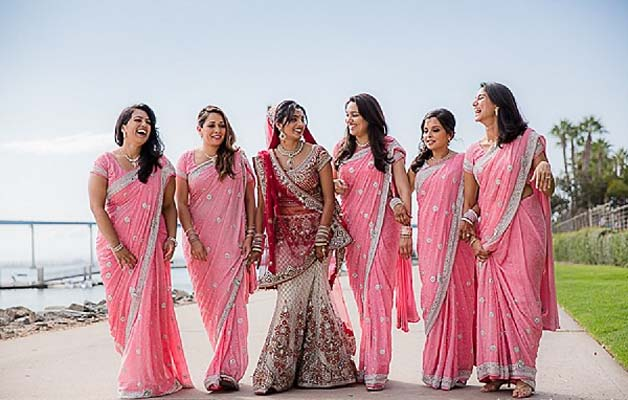Mind Blowing Traditional Wedding Dresses Around The World: Indian Wedding- Bridesmaid Outfits Ideas