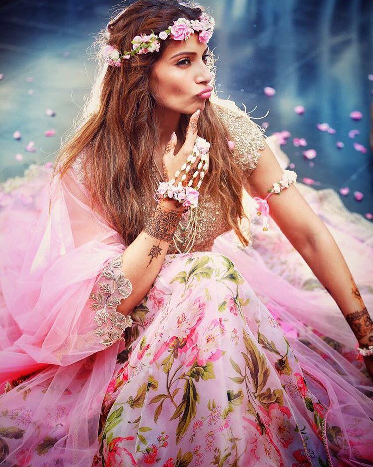 Sneek Peek At Bipasha Basu Wedding Outfits Indian