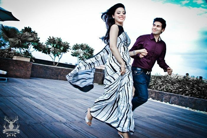 Pre Wedding PhotoShoot Outfits Ideas for Girls