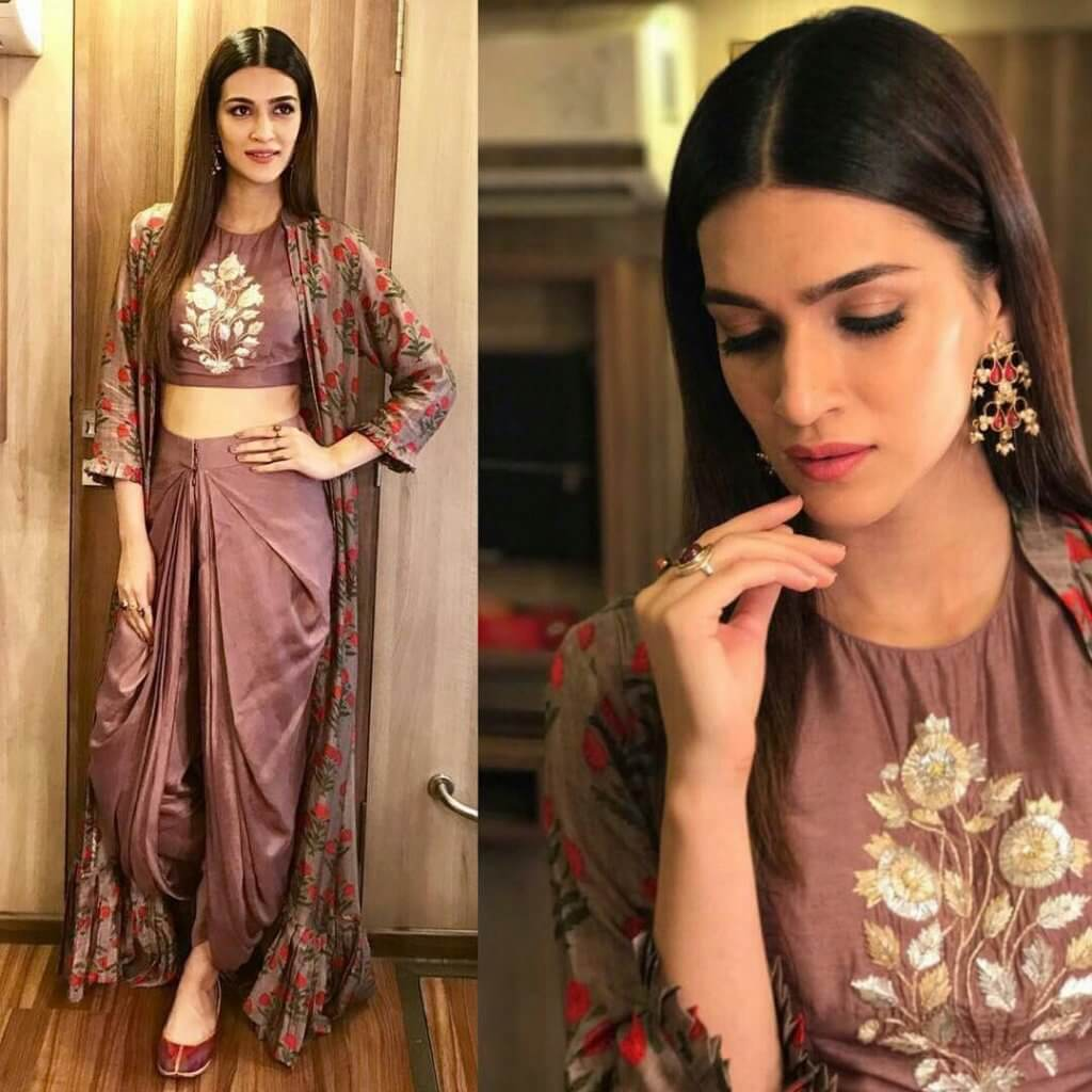 afbcefd995 The long floral jacket with some frill work at the bottom is certainly  giving some cool statement to this Indian wear. Athiya Shetty has also  carried a ...